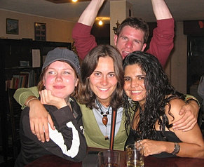 Buenos amigos extranjeros /Lobby bar