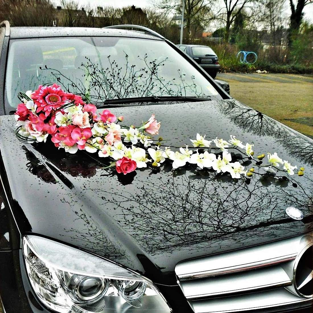 Wedding Flower Decoration Lebanon : Wedding flowers lebanon chocolates souvenirs carriage batroun