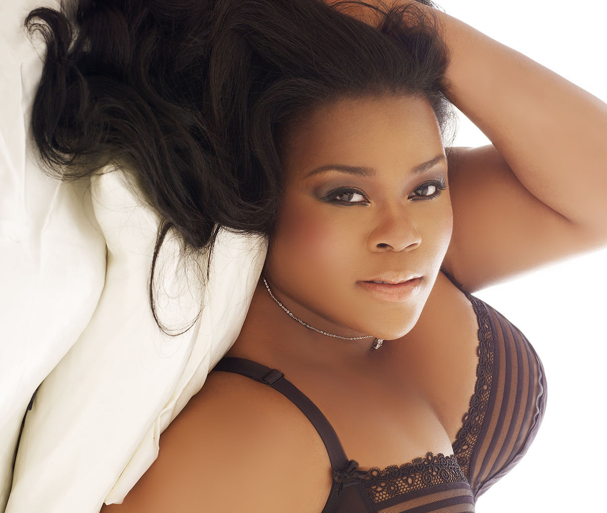 Plus size modeling jobs in new york 2 black models picture for Modeling jobs nyc