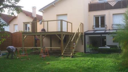 Xtendbois maison et agrandissement bois val doise maison bois 95 terrasse 95 - Extension terrasse sur pilotis ...