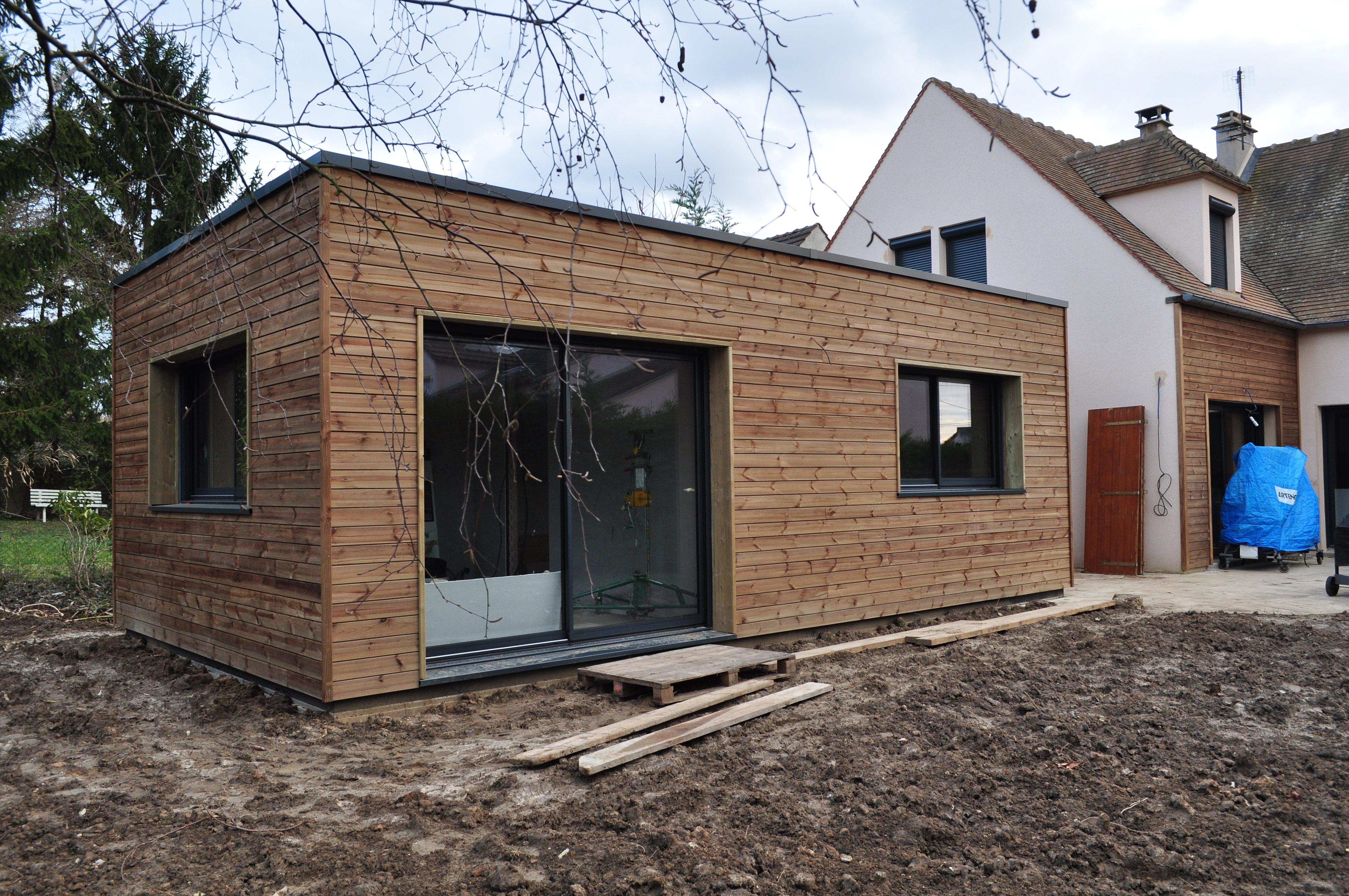 extension bois toit plat best maison with extension bois toit plat simple extension bois vue. Black Bedroom Furniture Sets. Home Design Ideas