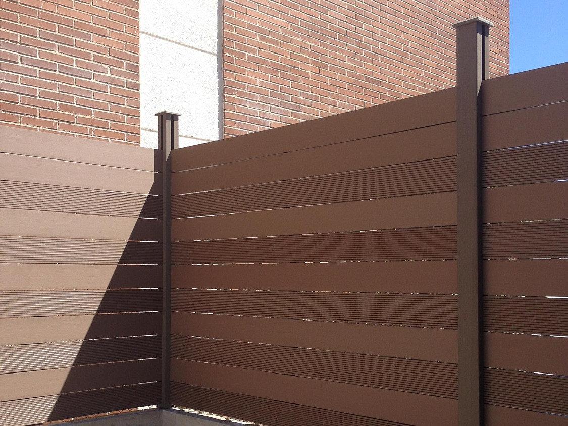Tarima exterior suelos moquetas fachadas valla sintetica for Cubrir suelo terraza