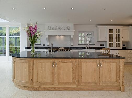 Bespoke furniture kent surrey kitchens bedrooms for Handmade kitchens