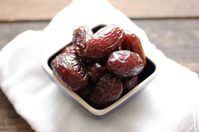 chocolate truffles dates