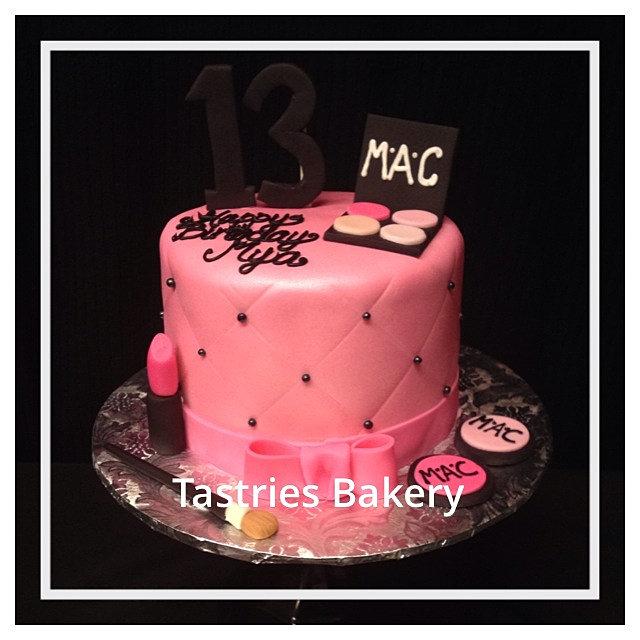 Cakes In Bakersfield