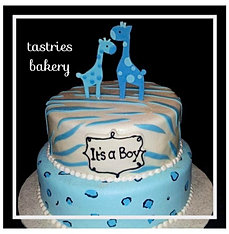 By lue Giraffe Baby Shower Cake