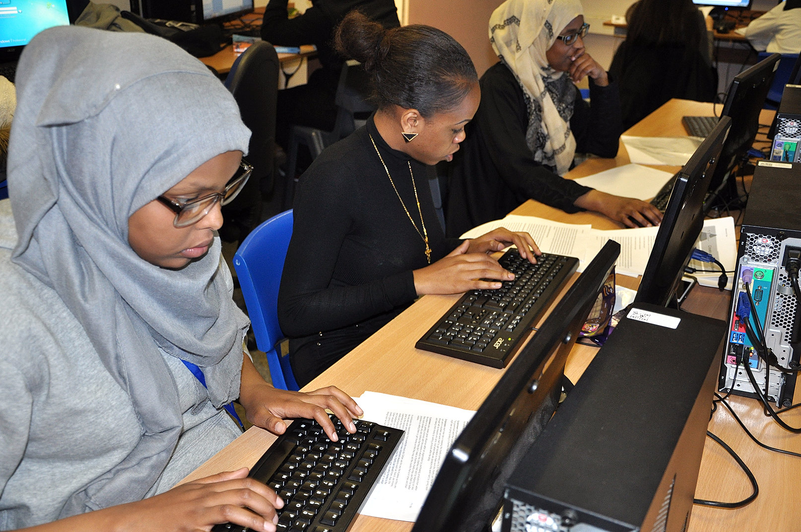 btec national ict coursework Level 3 edexcel btec subsidiary diploma/diploma/extended diploma for ict btec national title changes btec all units are assessed through coursework and.