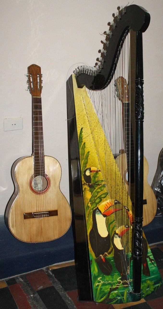 guitarra y arpa 142.jpg