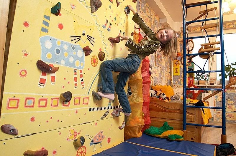 Скалодром сделать для детей