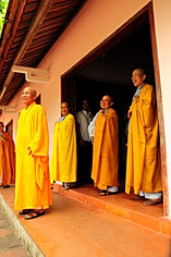 Smiling Thien Mu Buddhists