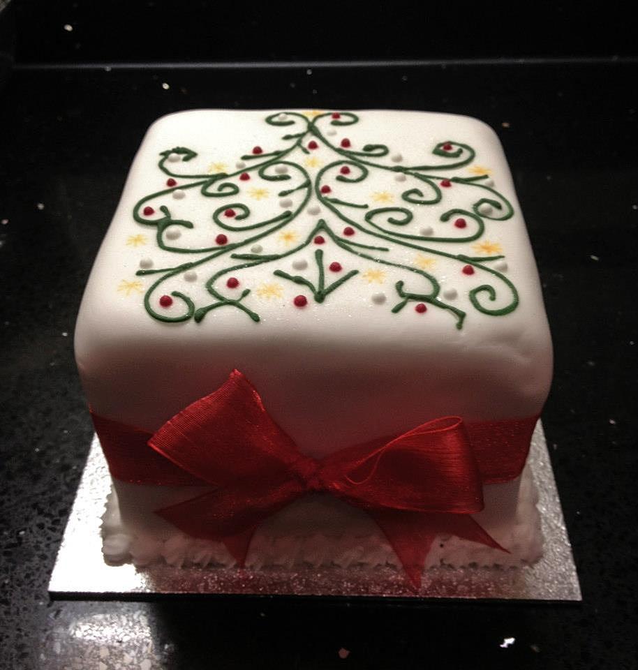 the strand cakery | Elegant Christmas Cake