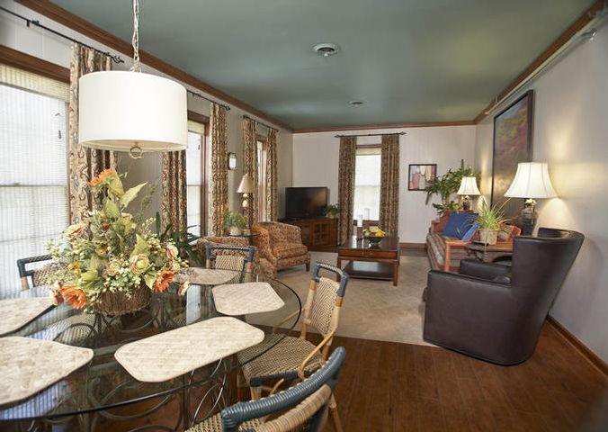 livingroom-b.jpeg