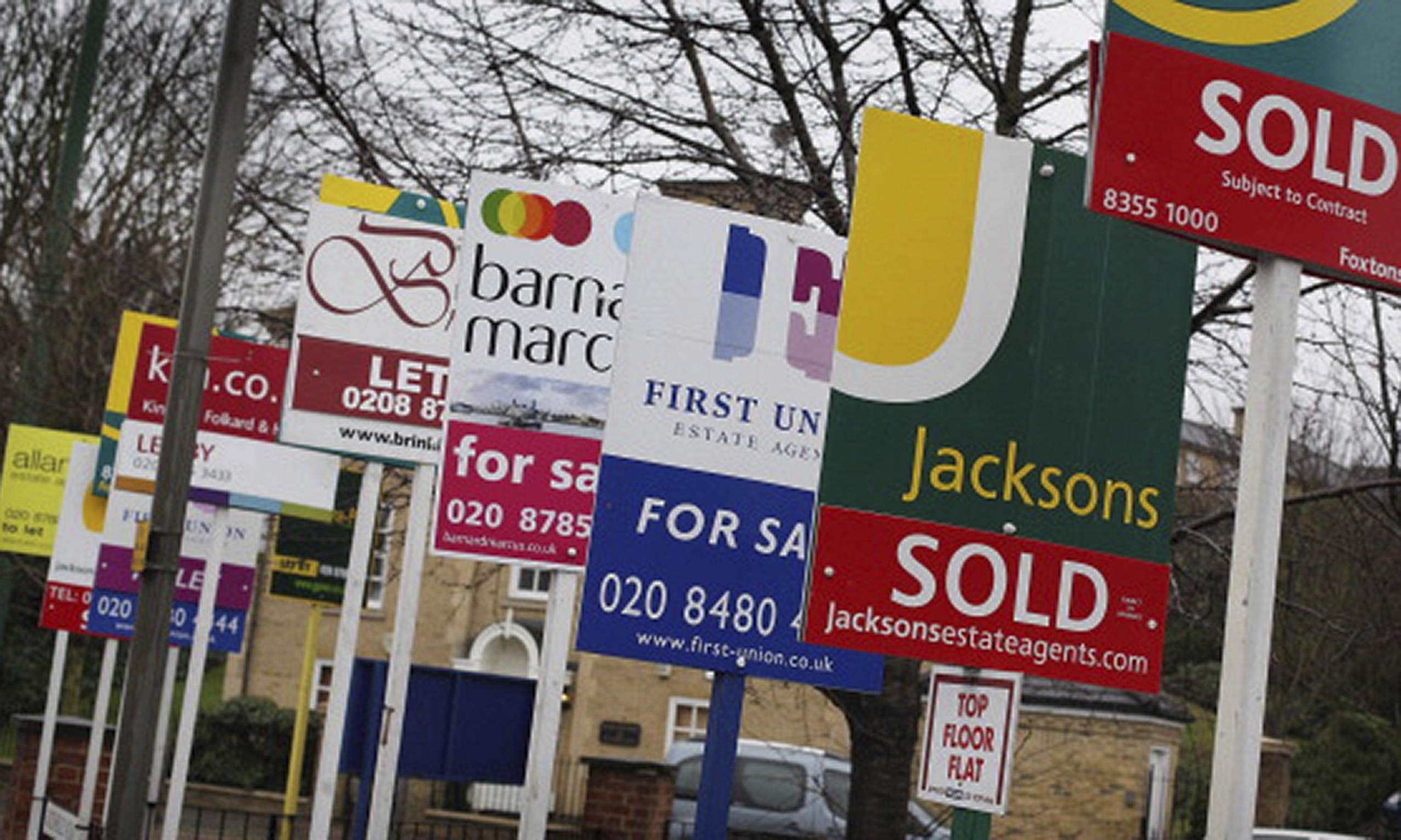 how to become an estate agent with no experience uk