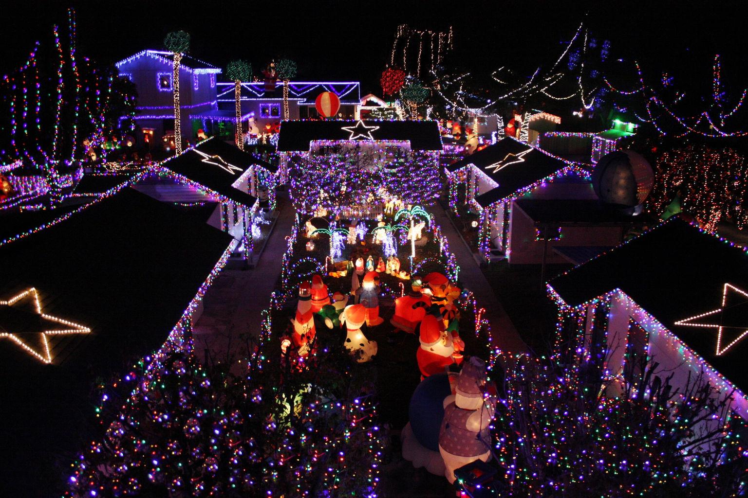 Wix.com - Twi-Light II Christmas Light Display, Website built by ...