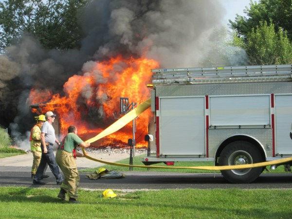fire1gway.jpg