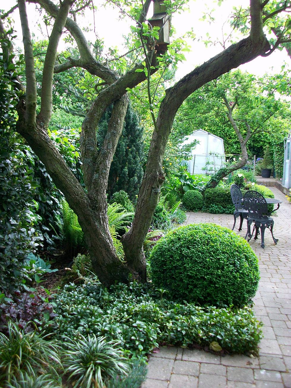 Landscape services essex for Garden design jobs essex