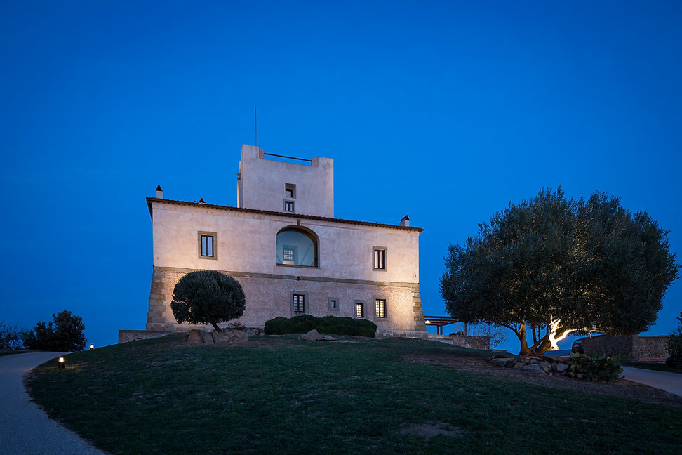 rent a castle in italy tuscany