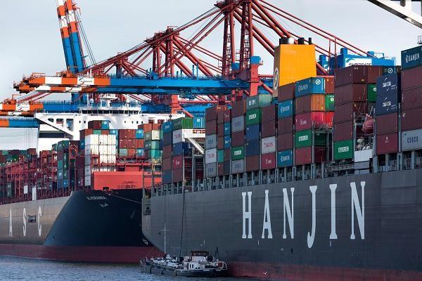 Resultado de imagen de Fotos de descargas de container en los puertos españoles