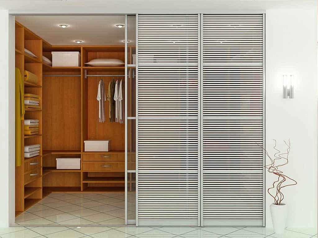 Встроенный гардеробный шкаф фото