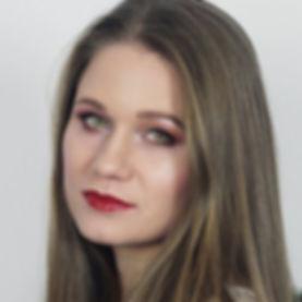 OSOBA - Julia Maisa - FOTOSMALL.jpg