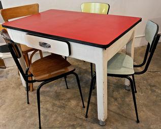 mobilier vintage industriel becbunzen marseille. Black Bedroom Furniture Sets. Home Design Ideas