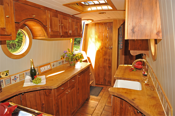 MARTIN BAKER Narrowboat design and custom Narrowboat ...