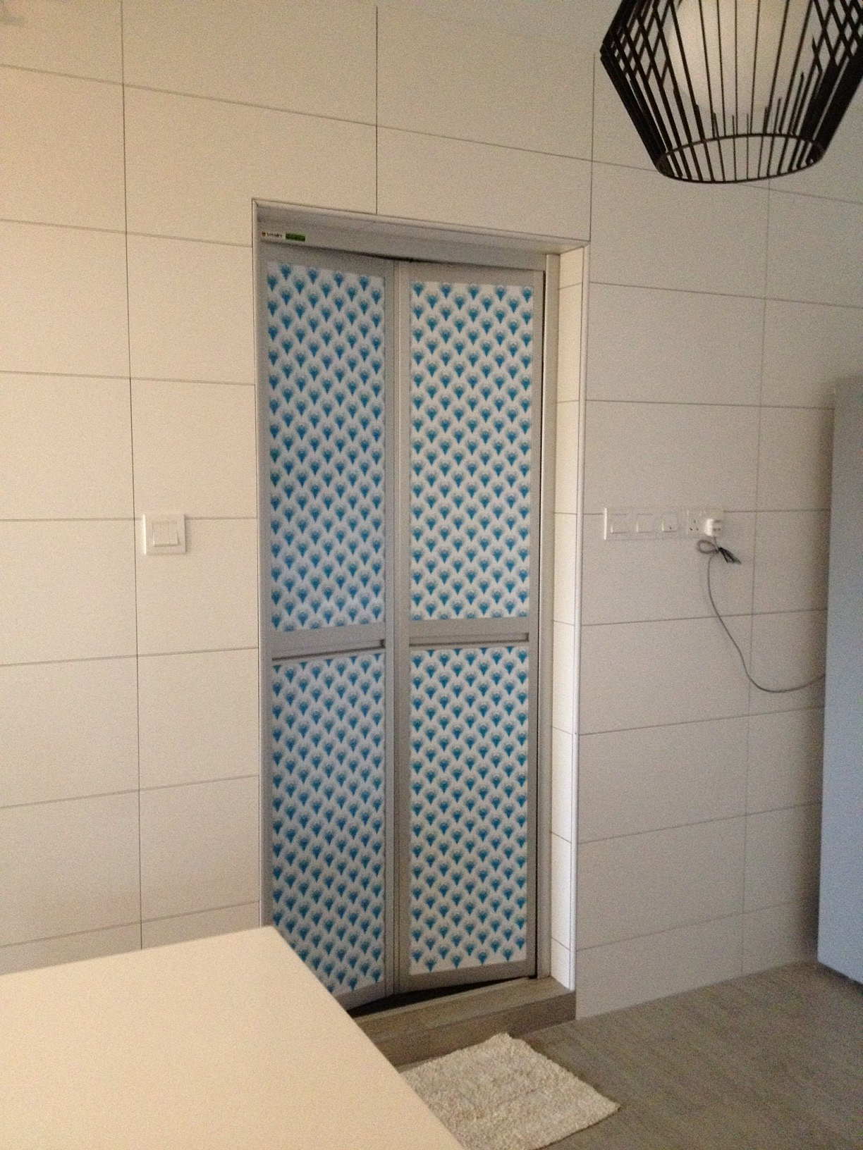 Bi Fold Doors For Bathroom