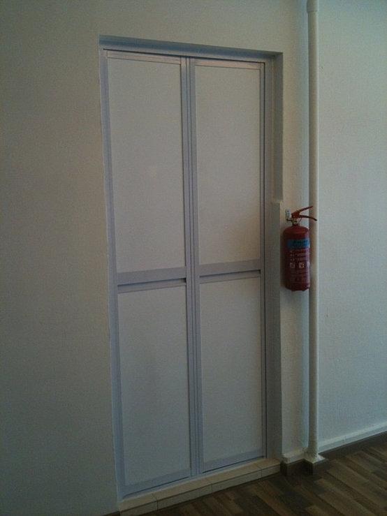 Aluminium kitchen cabinet and door solution for Aluminium folding doors