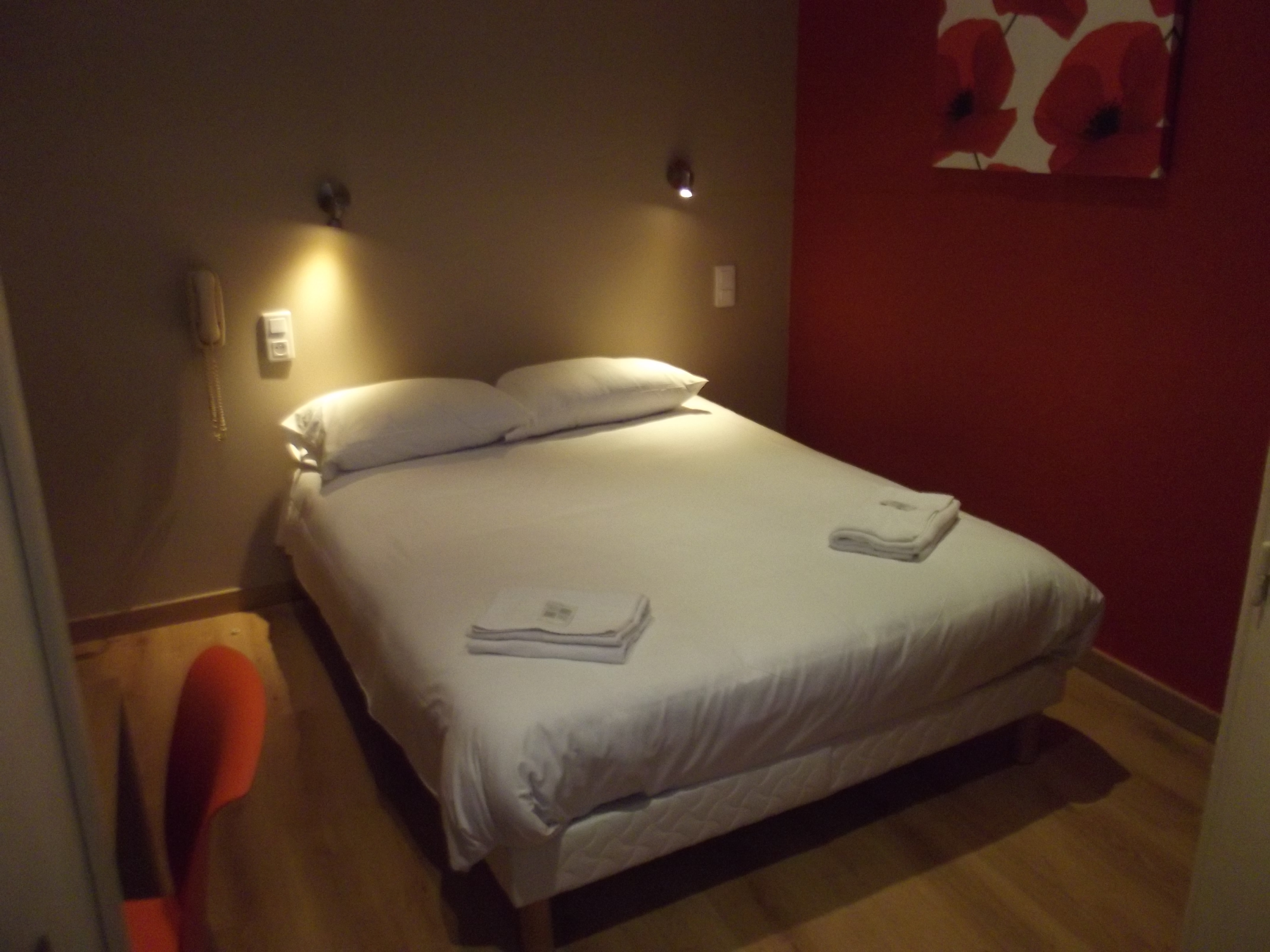 Hotel Nimes Abalone ** | Chambres