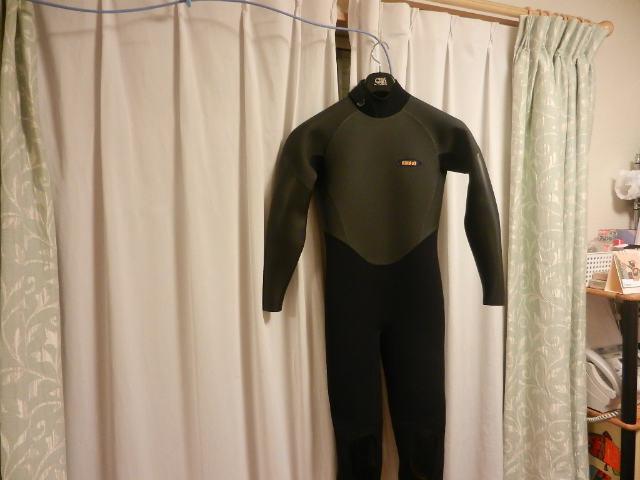 Axxe Wetsuits.