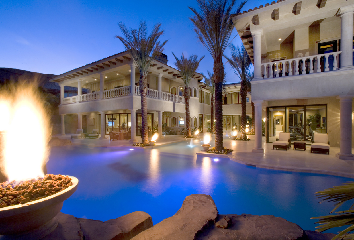 luxury homes with pools - Luxury Homes With Pools