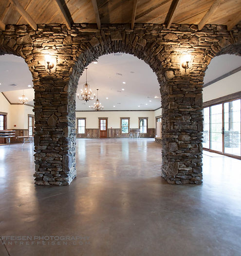 The arbors events charlotte nc rustic indoor outdoor for Indoor outdoor wedding venues