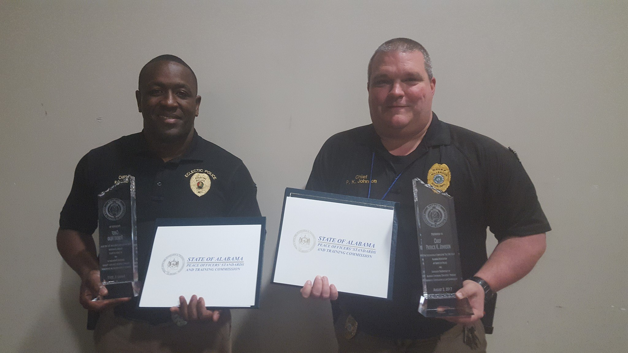 Police chiefs robert head of eclectic and pk johnson of police chiefs robert head of eclectic and pk johnson of millbrook among nine recognized for 240 hours of certification elmoreautauganews xflitez Images