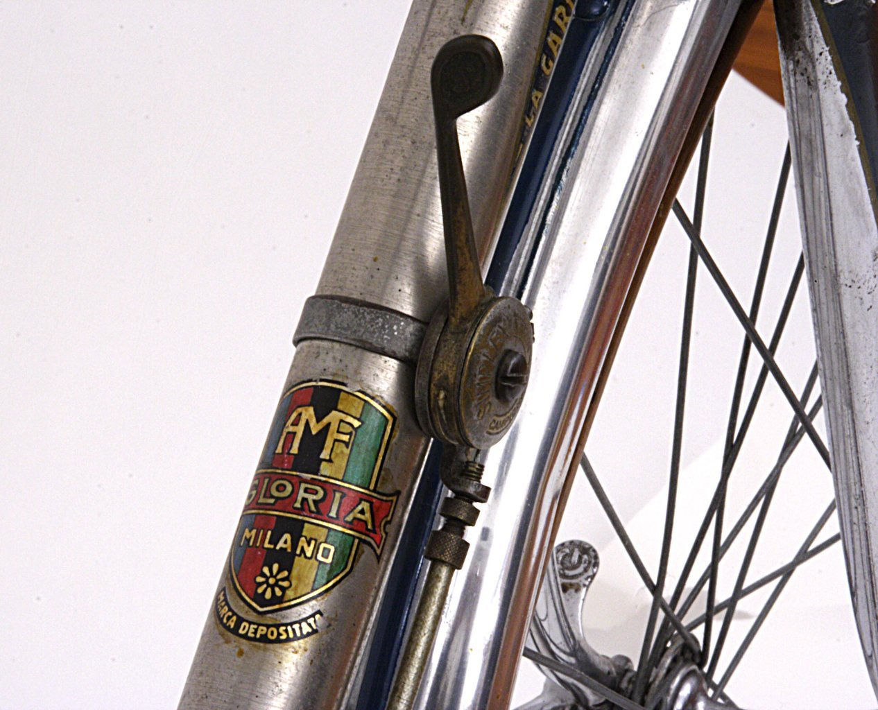 gloria down tube with decal and shift lever