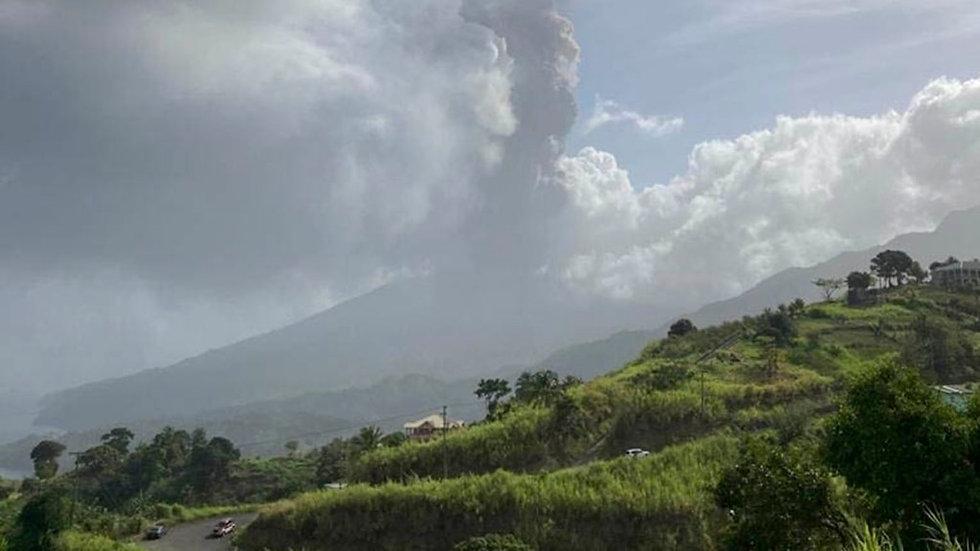 St.-Vincent-volcano-2.jpg
