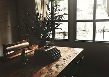 trendy-coffee-shop-city_53876-30302.jpg
