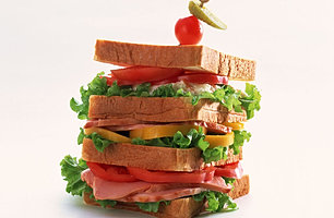 Mini_Sandwiches_(Bacon,tomatoes).jpg