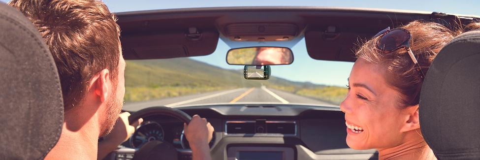 301 dash cam in car Lifestyle.jpg