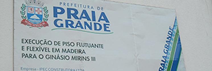 PISO ESPORTIVO DE MADEIRA