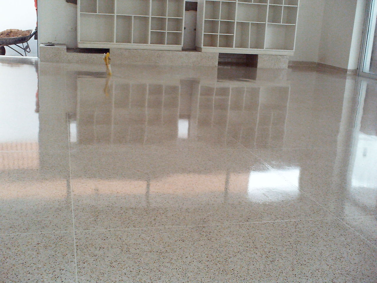 Dhe luxus pisos brasil for Tipos de marmol para pisos