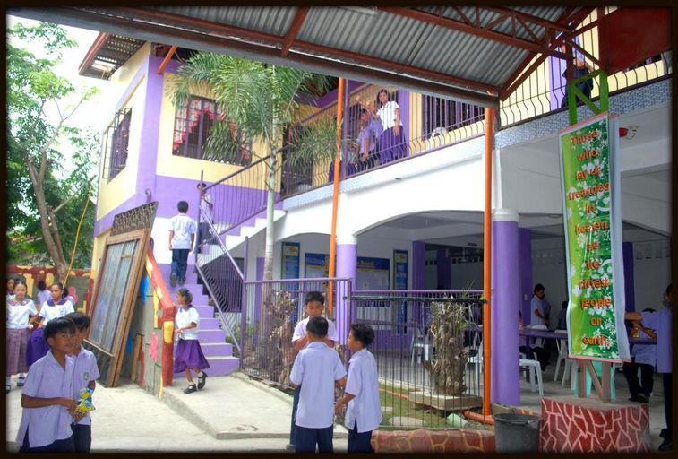new elementary building_picnik