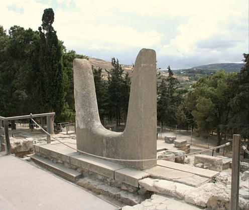Horns at Knossos