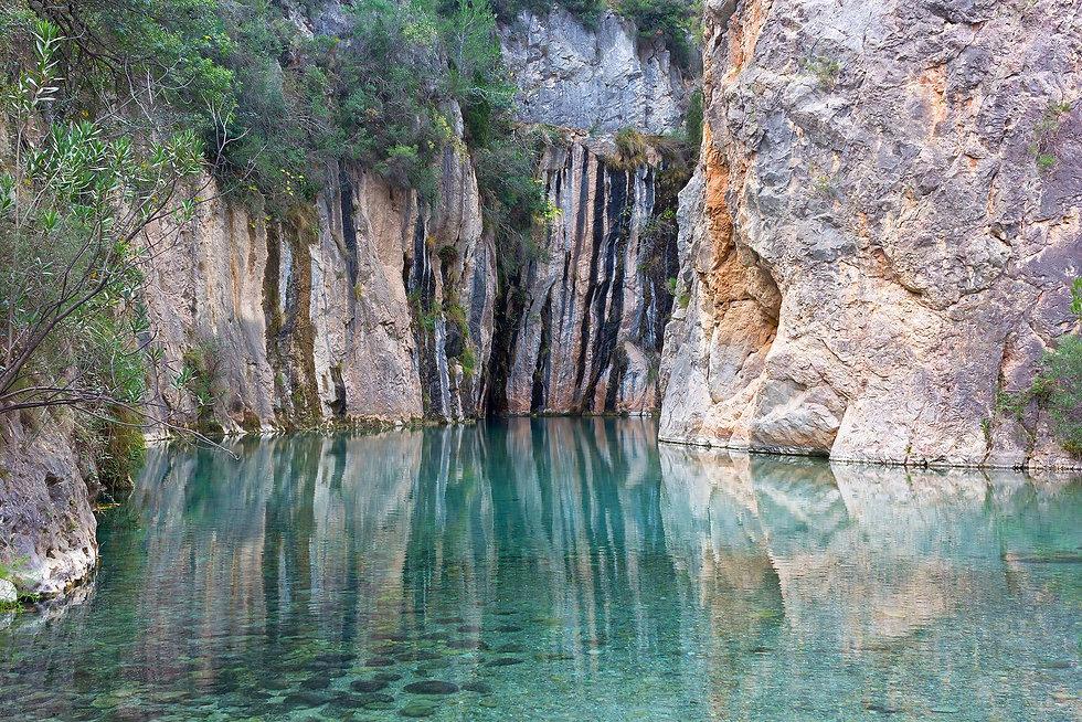 piscinas-naturales-de-aguas-termales-en-montanejos.jpeg