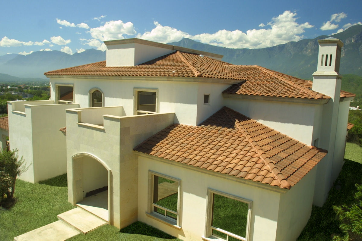 La teja for Imagenes de casa con techos de tejas