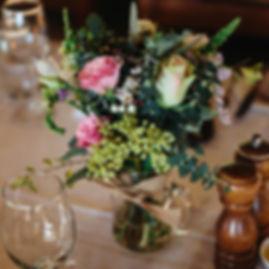 table jar flowers