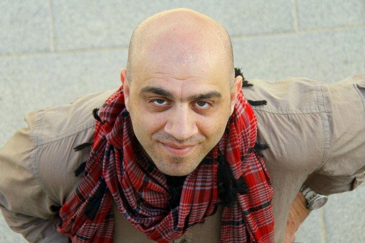 Amir Farshad Ebrahimi - bae6c56be81fbed9c3c8c8105d919ecf