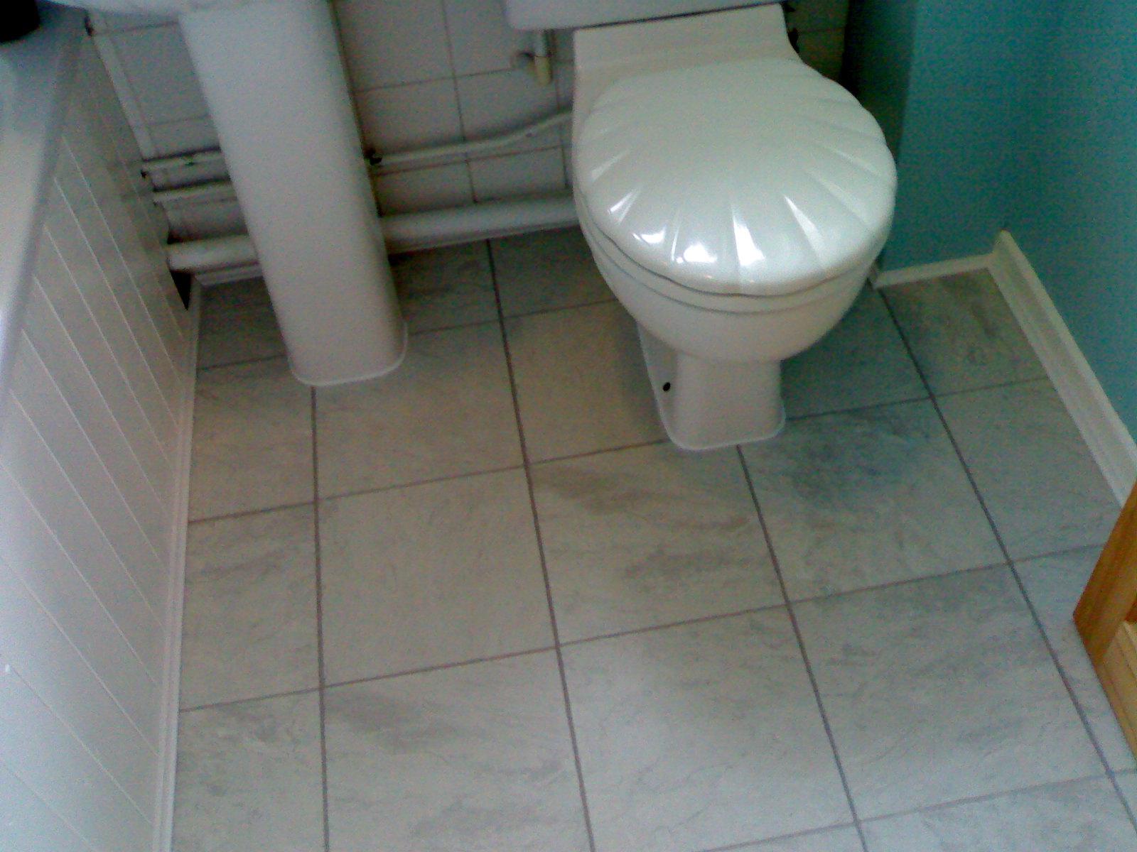 Floorsmk hard wood flooring amtico karndean laminate for Grey bathroom laminate flooring