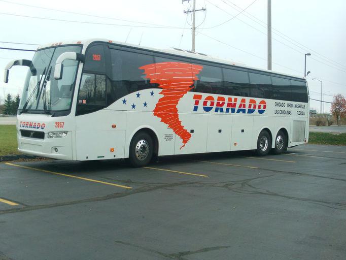 """Autobus """"Tornado Bus Company"""""""