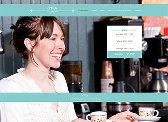 Meu Café Template - Este modelo clássico e singular expressa a atmosfera do seu café ou restaurante. Adicione um menu elegante e faça upload de fotos para a galeria para atrair apreciadores da boa culinária. Altere o design e paleta de cores para criar um site gratuito e destacar o seu site do resto.
