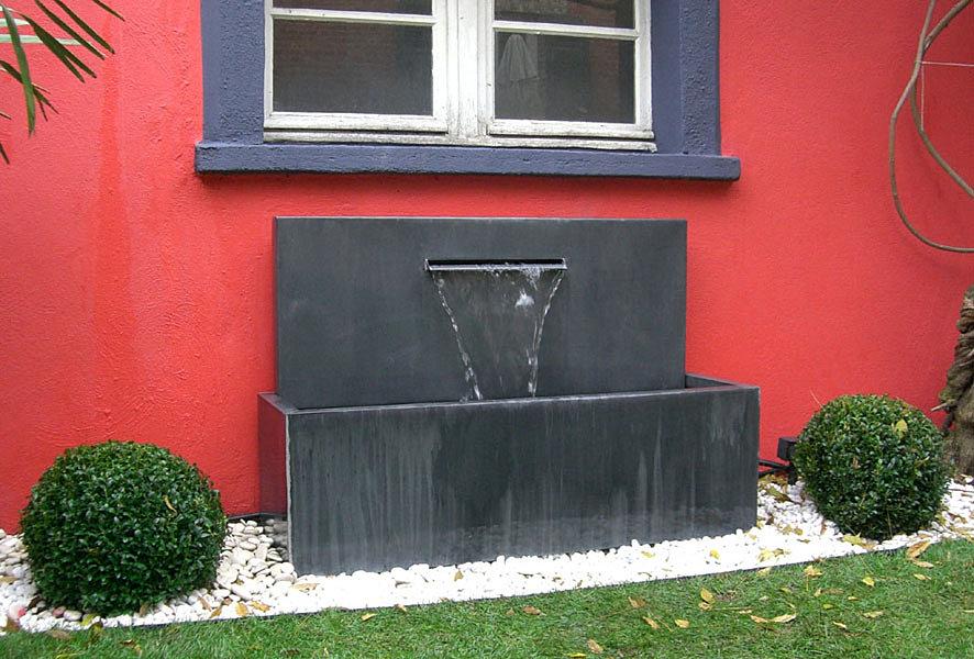 fontaine zinc lame. Black Bedroom Furniture Sets. Home Design Ideas